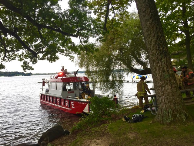 The Fireboat from Town of Linn