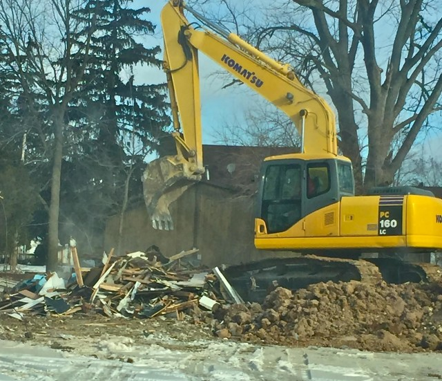 Demolish House in Lake Geneva