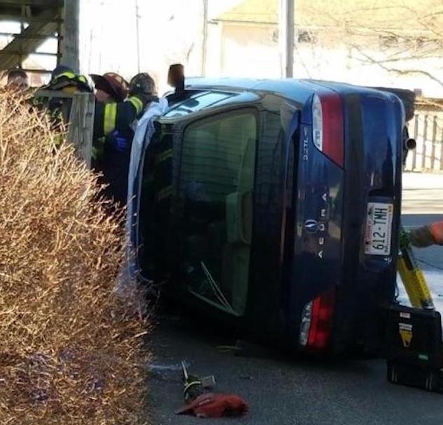 CAccident Chase Bank Lake Geneva