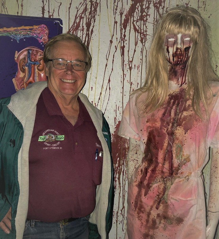 Steve Cline and Dr. Scary's Scream Park