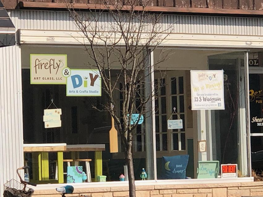 Firefly Art Glass Studio, Elkhorn