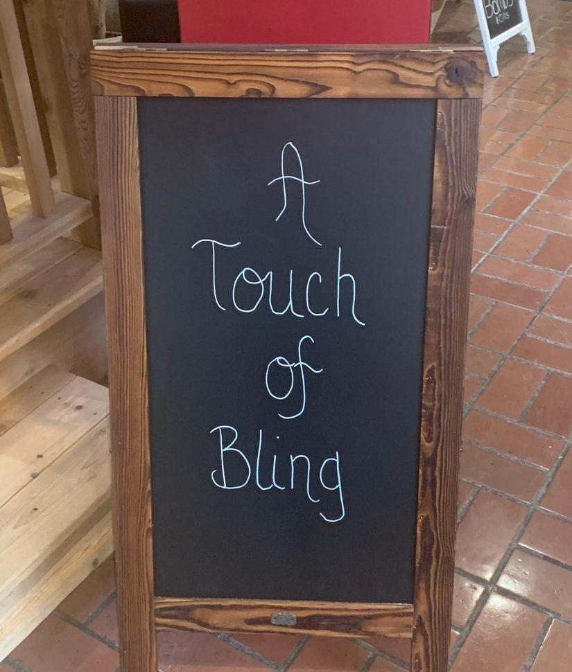 Touch Of Bling, Lakee Geneva