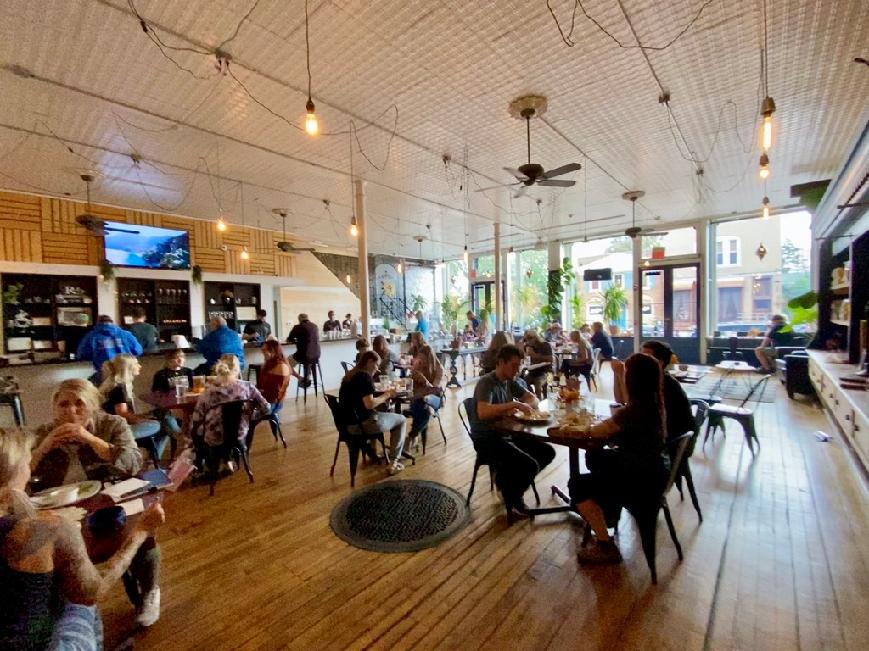 Richmond Cafe, Richmand, Il